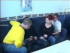 Жена изменяет с молодым парнем жесть